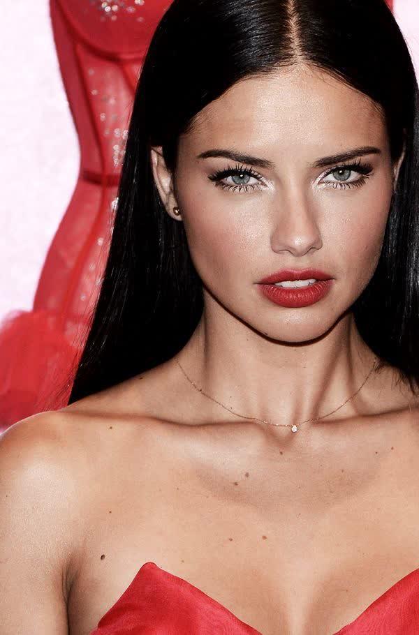 Adriana Lima Bio Age Height Weight Body Measurements