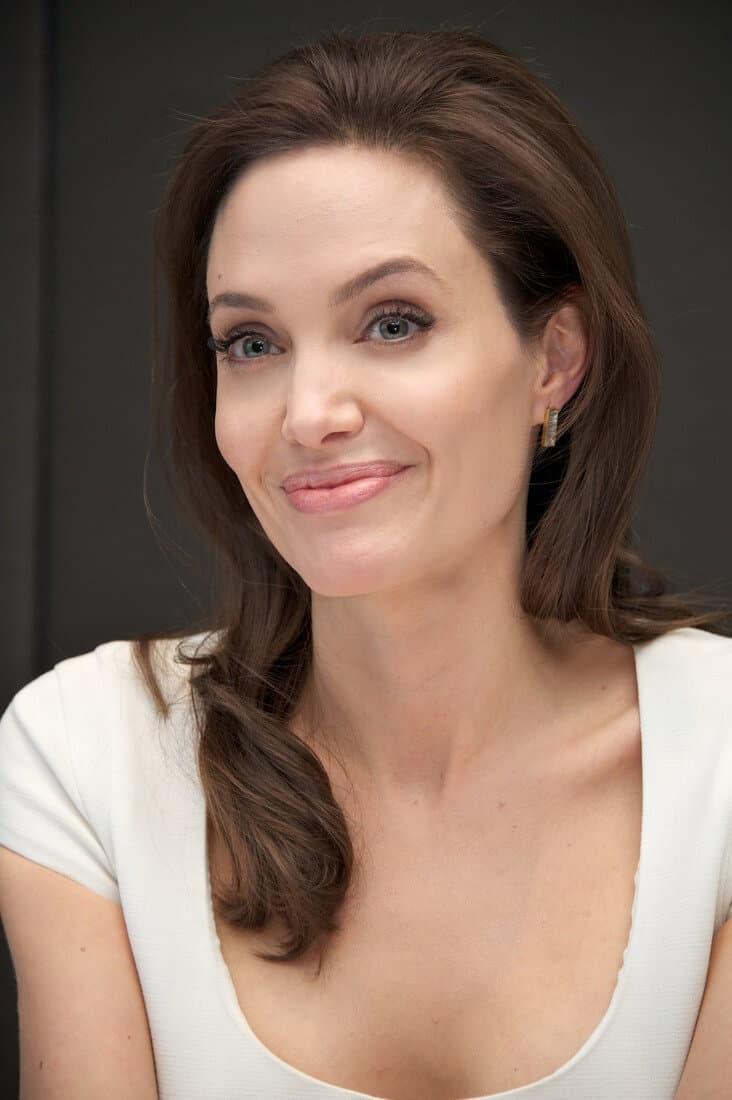 Angelina Jolie - Bio, Age, Height, Weight, Body ...
