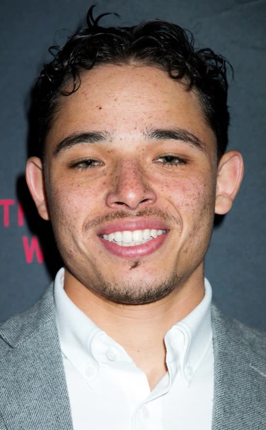 anthony ramos - photo #5