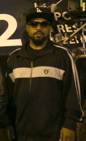 Ice Cube Bio Age Height Weight Net Worth Facts And Family