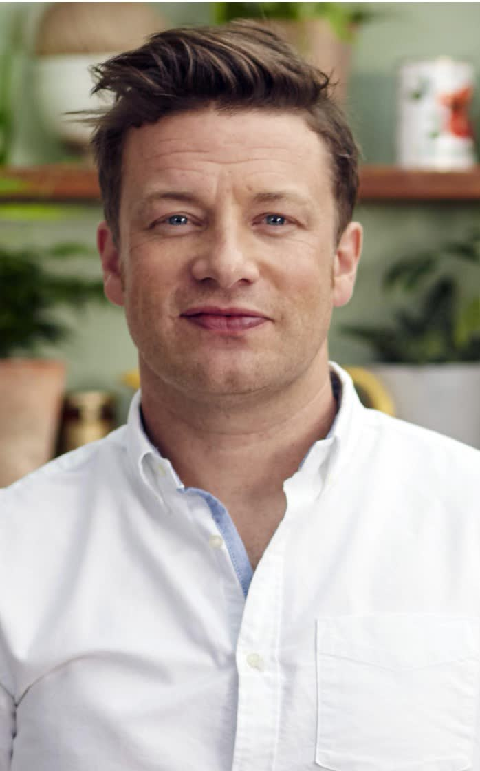 Jamie Oliver - Bio, Age, Height, Weight, Net Worth, Facts ...
