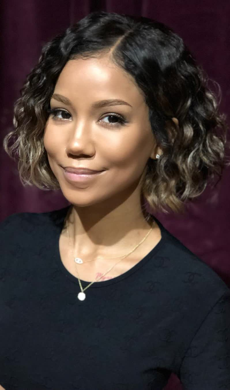 Jhene Aiko - Bio, Age, Height, Weight, Body Measurements ...