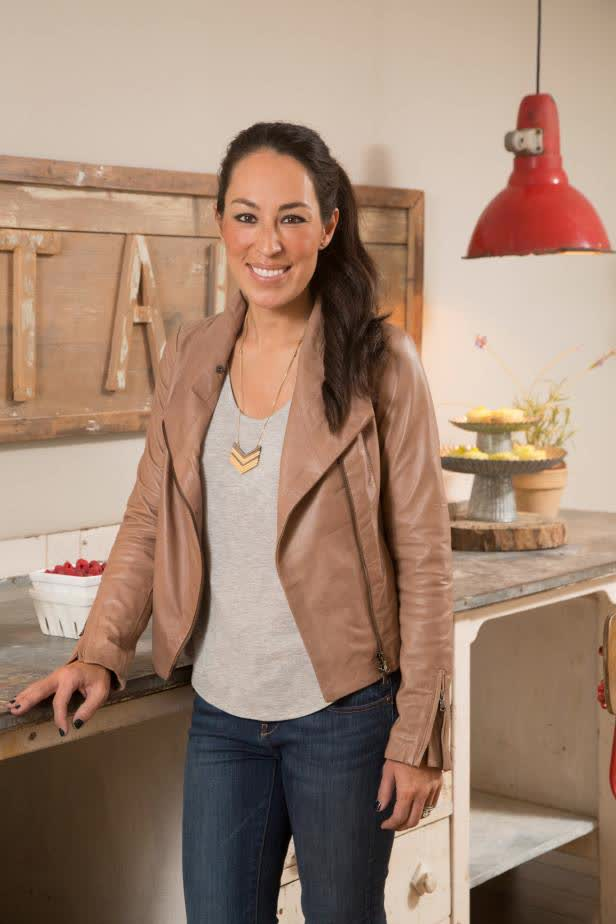 joanna gaines bio age height weight body. Black Bedroom Furniture Sets. Home Design Ideas
