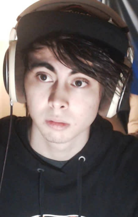The 23-year old son of father (?) and mother(?) Leafyishere in 2018 photo. Leafyishere earned a  million dollar salary - leaving the net worth at  million in 2018