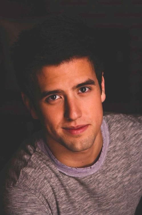 Logan Henderson - Bio, Age, Height, Weight, Net Worth ...