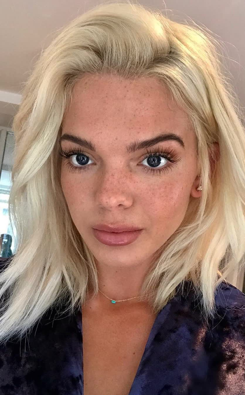 Images Louisa Johnson nudes (87 photos), Tits, Sideboobs, Boobs, legs 2019