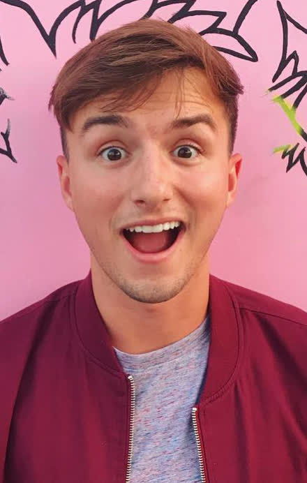 The 26-year old son of father (?) and mother(?) Lucas Cruikshank in 2020 photo. Lucas Cruikshank earned a million dollar salary - leaving the net worth at million in 2020