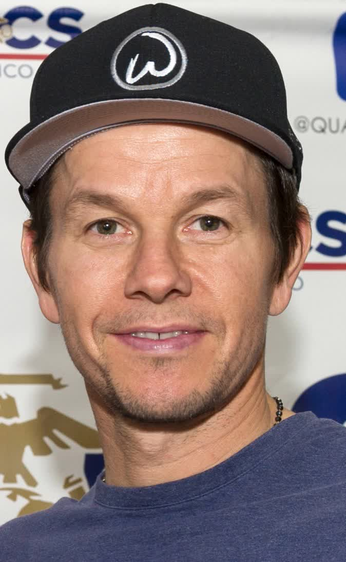 Mark Wahlberg Bio Age Height Weight Net Worth Facts And Family Idolwiki Com