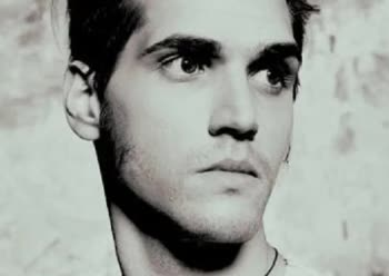 Mikey Way Bio Age Height Weight Net Worth Facts And Family Idolwiki