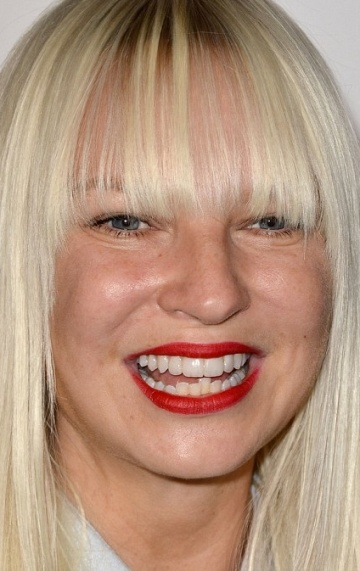 Sia Furler - Bio, Age, Height, Weight, Body Measurements