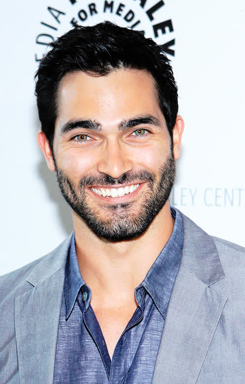 Tyler Hoechlin Bio Age Height Weight Net Worth Facts And